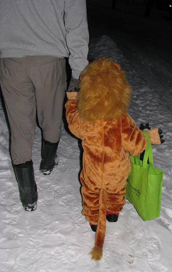 Tail dragging in the snow -- I love that this costume allowed Jade to wear warm clothes underneath!
