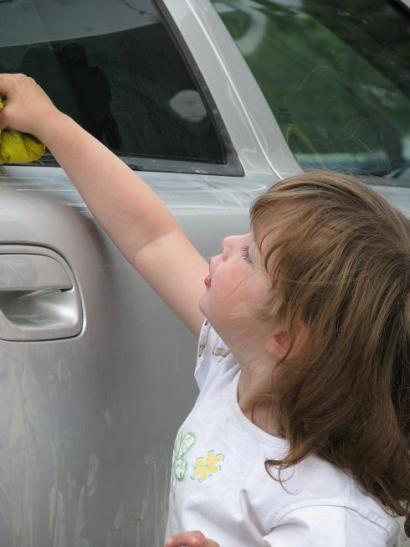 Jade washing the car II